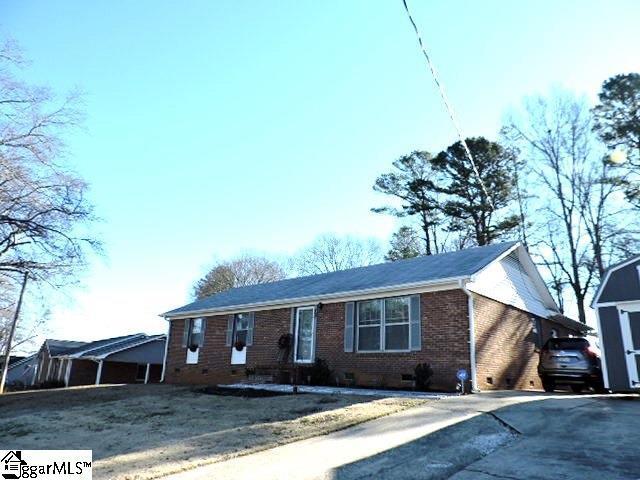 208 E Celestial Drive, Greer, SC 29651 (#1383913) :: Hamilton & Co. of Keller Williams Greenville Upstate