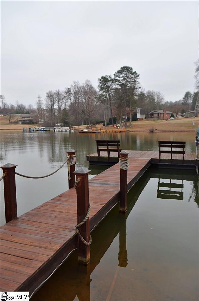 150 Lake Front Road, Inman, SC 29349 (#1385096) :: J. Michael Manley Team