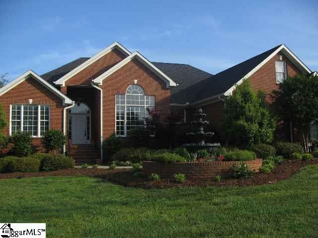 102 Plantation Drive, Moore, SC 29369 (#1385424) :: The Haro Group of Keller Williams