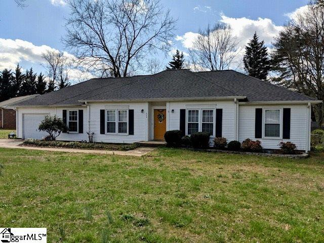 204 Governors Square, Greer, SC 29650 (#1387477) :: The Haro Group of Keller Williams