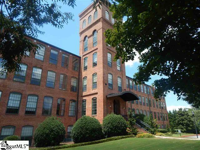 400 Mills Avenue Unit 411, Greenville, SC 29605 (#1389424) :: The Haro Group of Keller Williams
