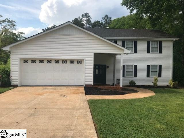 303 Edgewater Drive, Anderson, SC 29626 (#1390533) :: The Toates Team