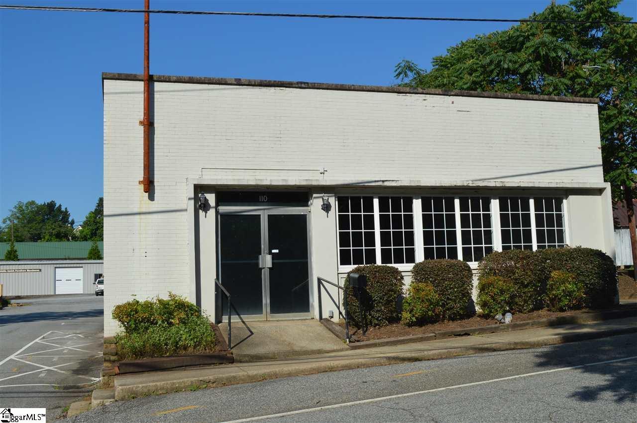 110 Shamrock Avenue - Photo 1
