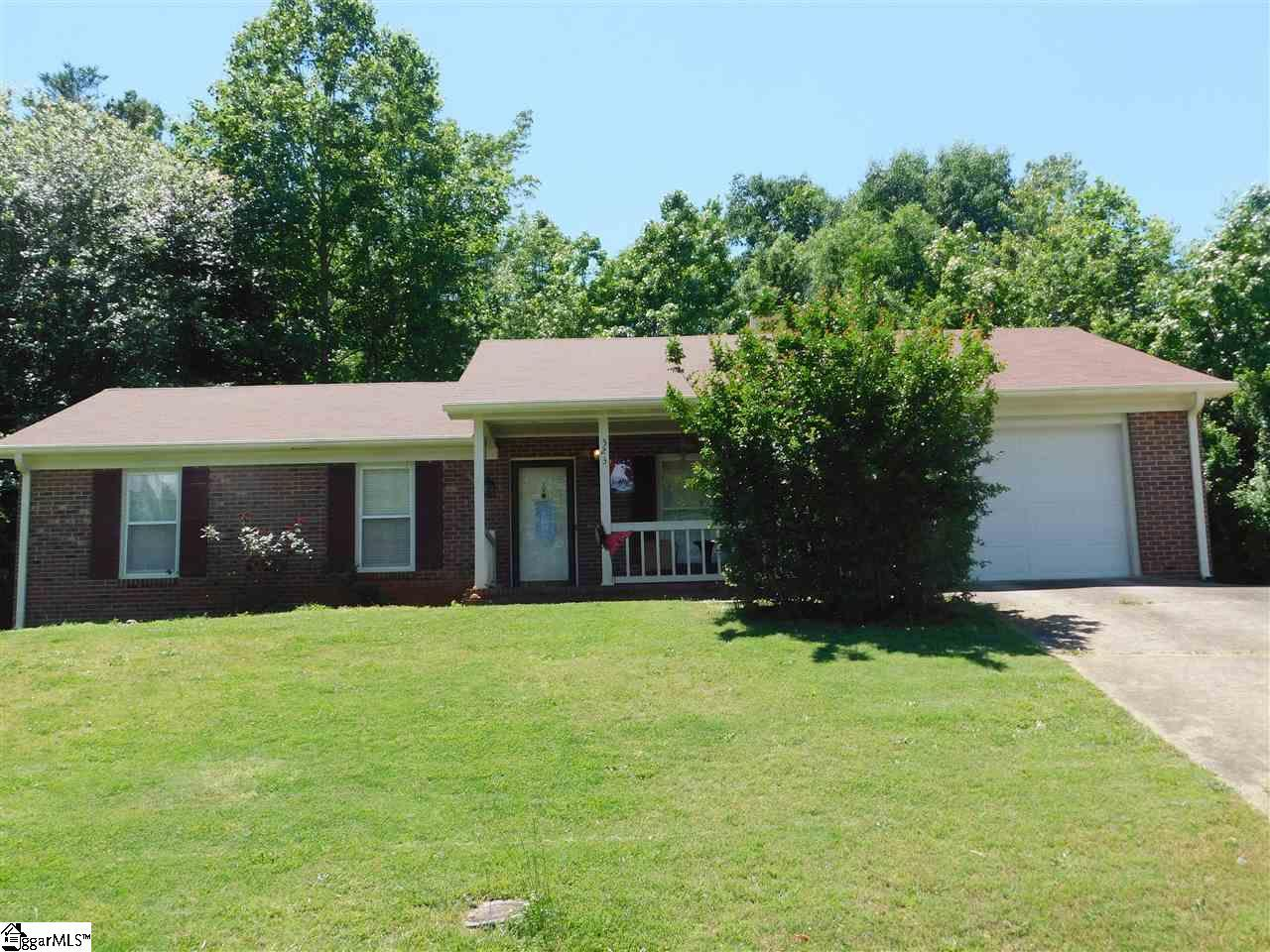 523 Indian Trail - Photo 1