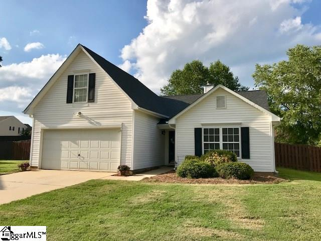 4 Earleigh Court, Simpsonville, SC 29681 (#1396698) :: Coldwell Banker Caine