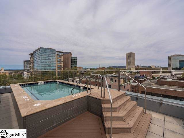 100 E Washington Street Unit 32, Greenville, SC 29601 (#1403906) :: Dabney & Partners