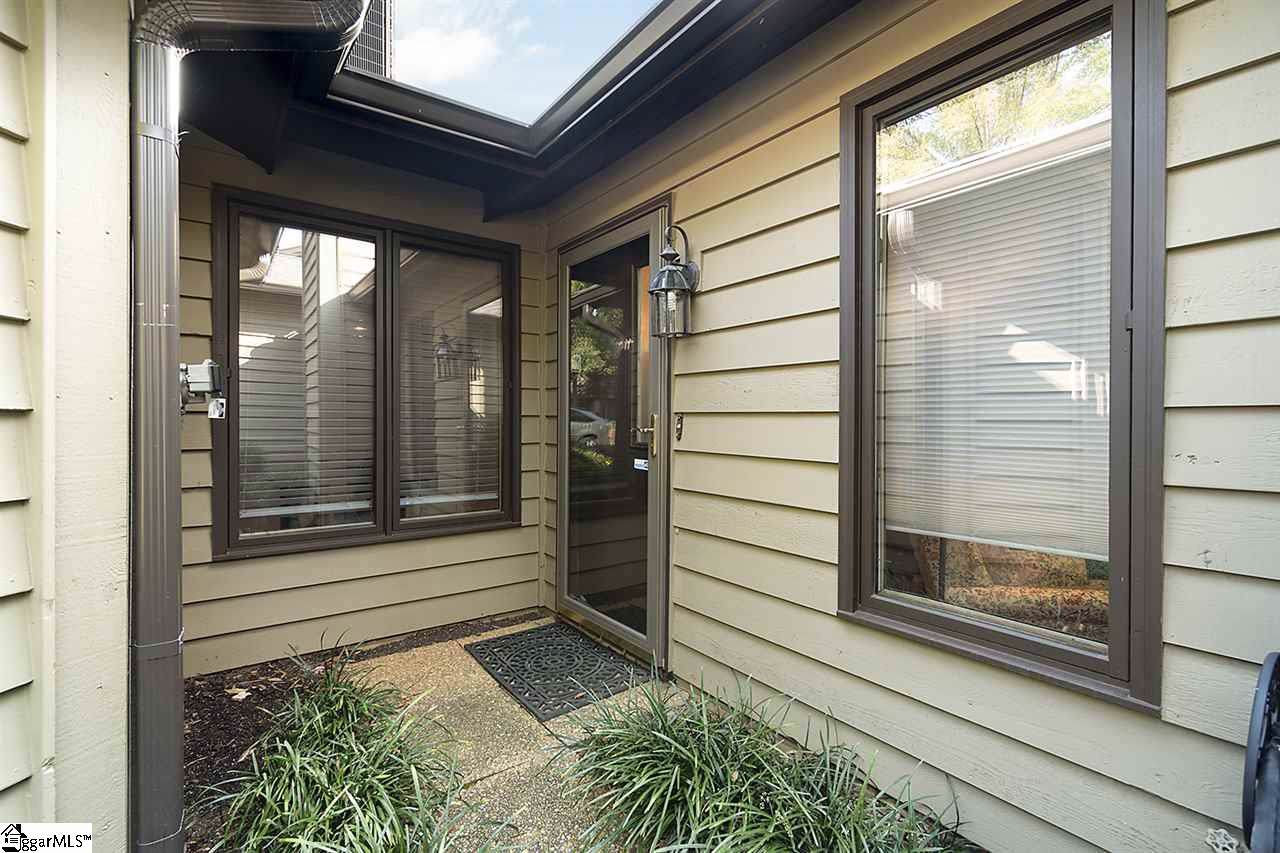 617 Tanager Court - Photo 1