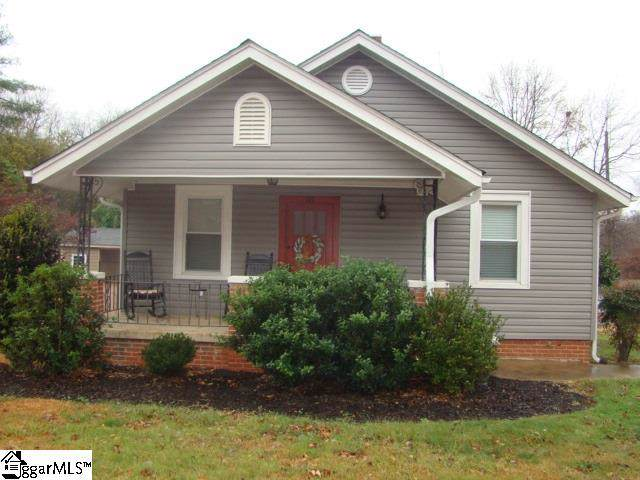 103 S Church Street, Duncan, SC 29334 (#1407523) :: Coldwell Banker Caine