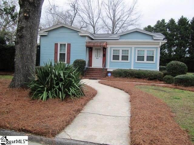 211 Hampton Avenue, Clinton, SC 29325 (#1411638) :: Coldwell Banker Caine