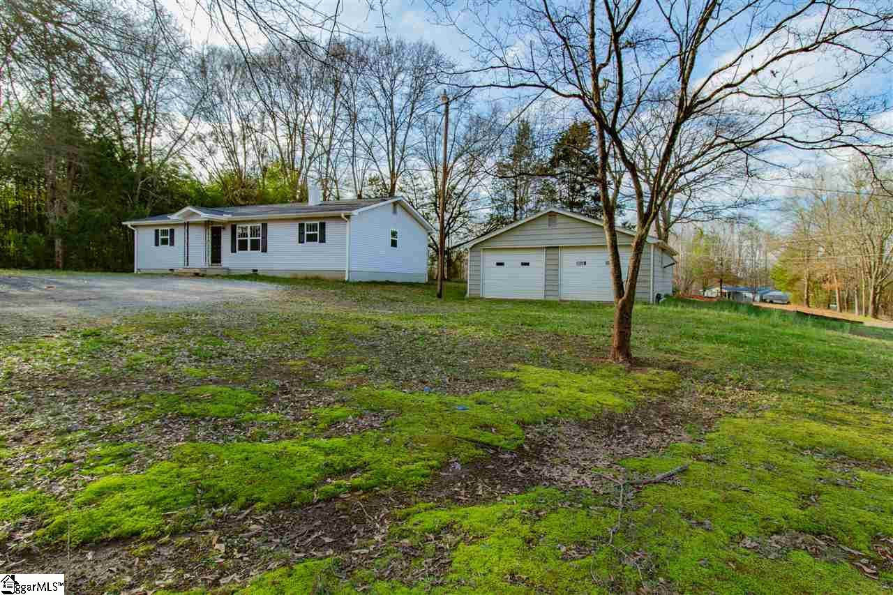 1048 River Road - Photo 1