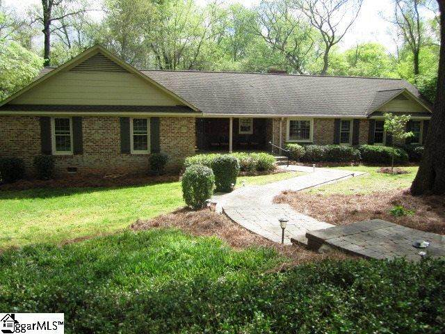 216 York Street, Clinton, SC 29325 (#1415319) :: Coldwell Banker Caine