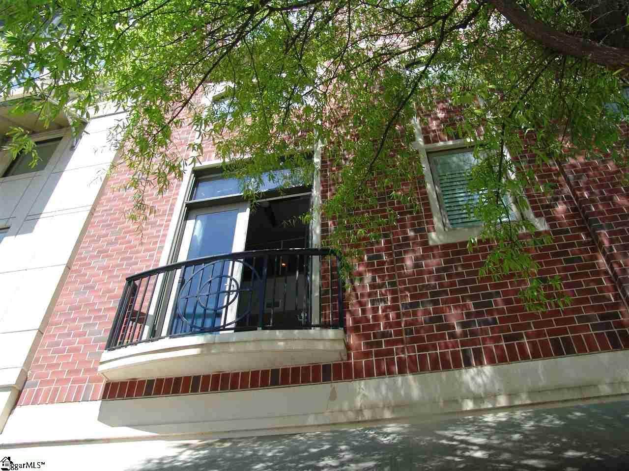 111 Mcbee Avenue - Photo 1