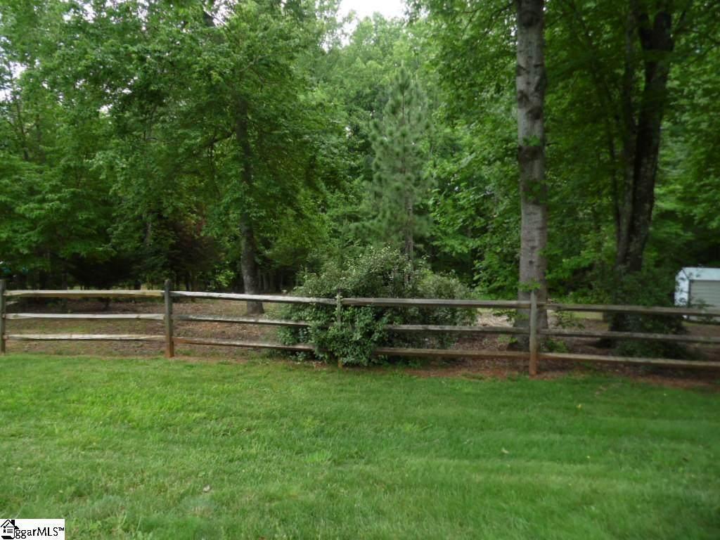 17 Pine Meadow Drive - Photo 1