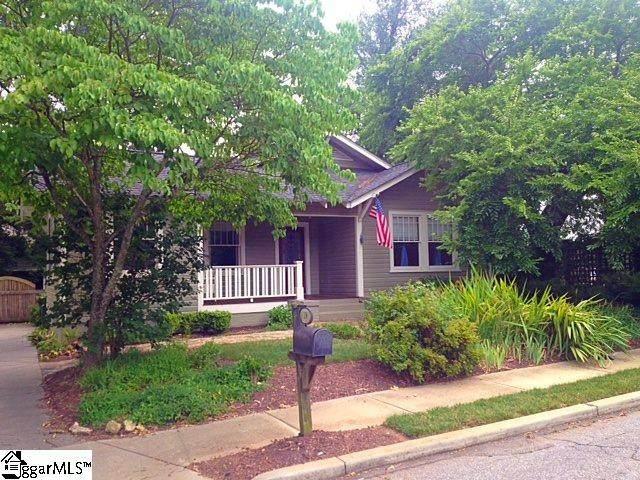 18 Oregon Street, Greenville, SC 29605 (#1419513) :: The Haro Group of Keller Williams