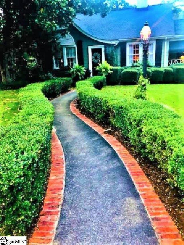 406 N B Street, Easley, SC 29640 (#1428437) :: Green Arc Properties