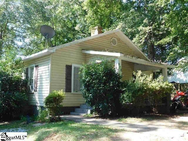 106 Oak Street, Greer, SC 29651 (#1430019) :: J. Michael Manley Team
