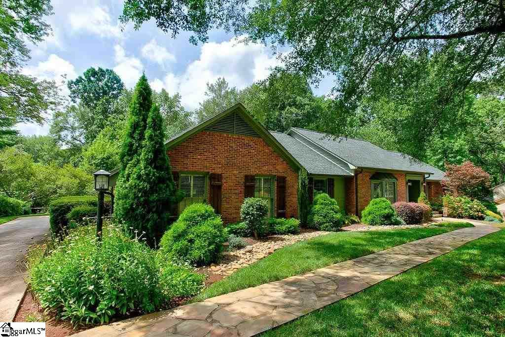 312 Hunting Hollow Road - Photo 1