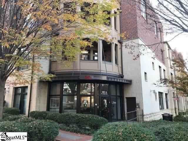 224 S Laurens Street, Greenville, SC 29601 (#1432953) :: The Haro Group of Keller Williams