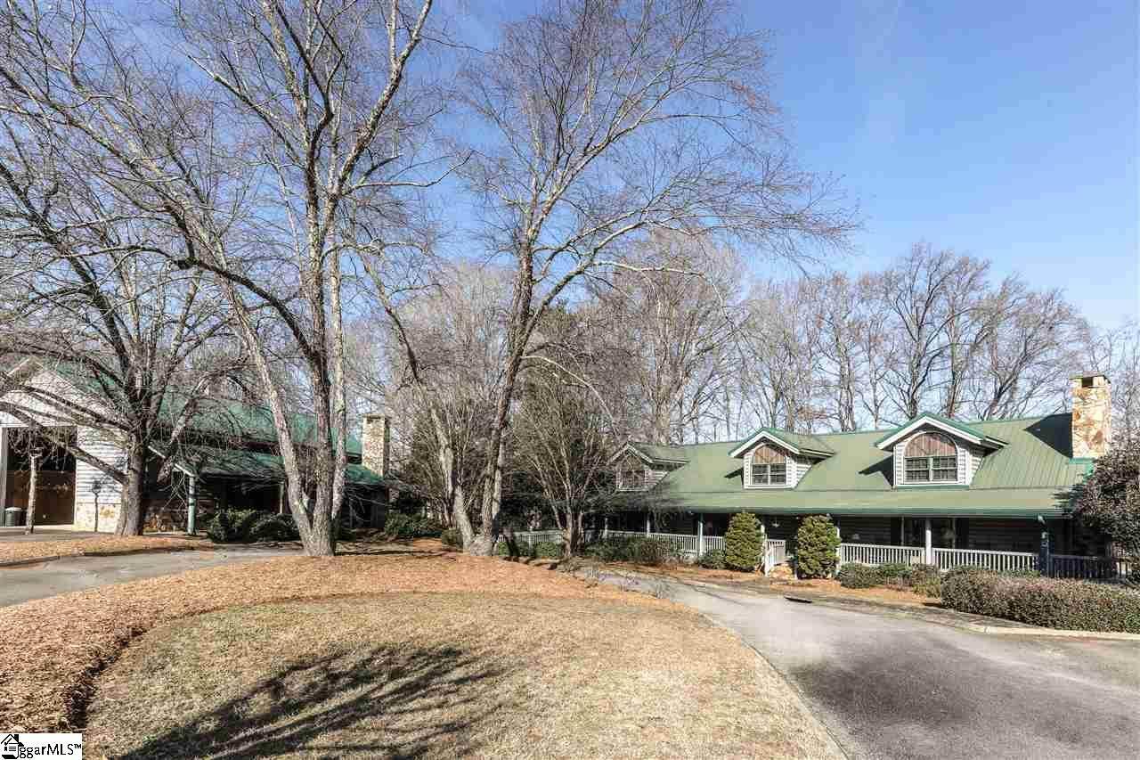 106 Four Meadows Lane - Photo 1