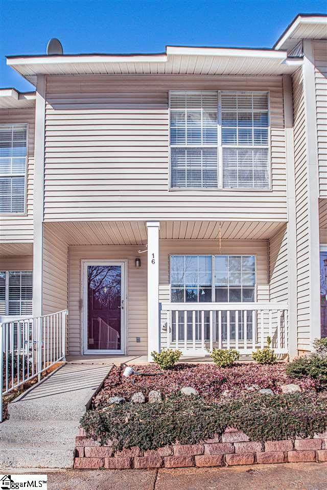 16 Bear Grass Court, Greenville, SC 29605 (#1435282) :: Modern