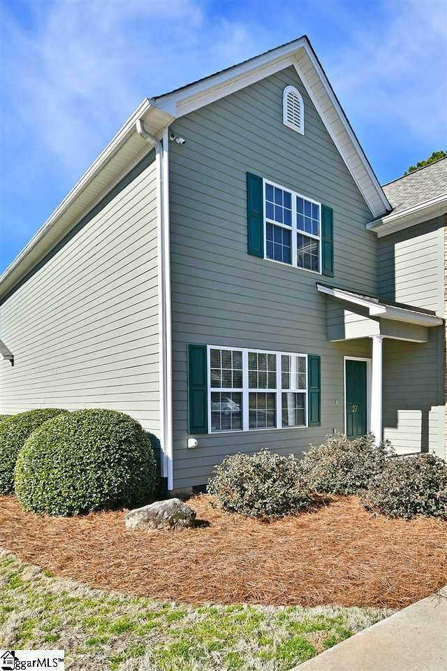 27 Rock Garden Lane, Greenville, SC 29609 (#1438174) :: J. Michael Manley Team