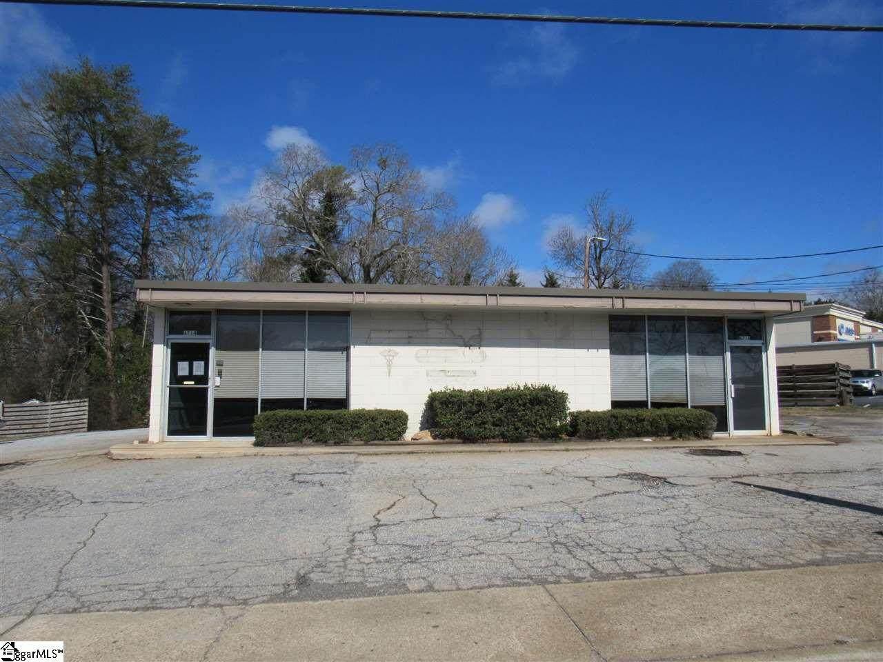 6714 Calhoun Memorial Highway - Photo 1