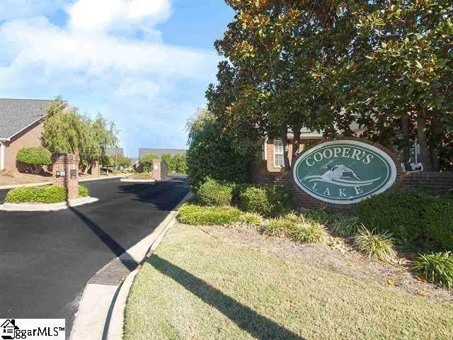 402 Hunting Creek Drive, Simpsonville, SC 29681 (#1444766) :: Expert Real Estate Team