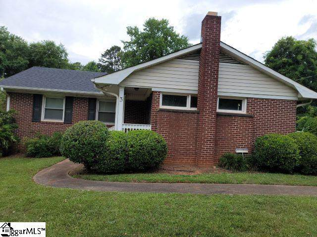 3 Lord Fairfax Drive, Greenville, SC 29605 (#1446654) :: Coldwell Banker Caine