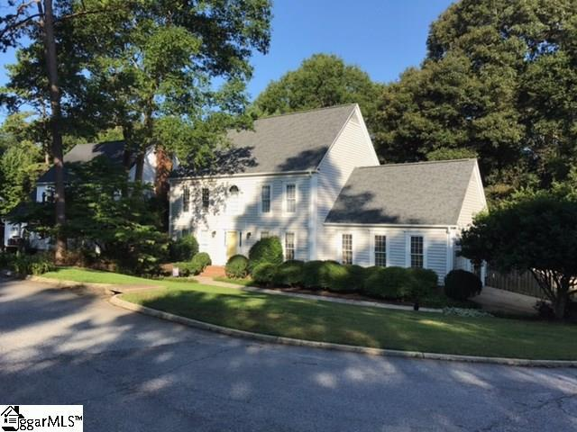 20 Woodway Drive, Greer, SC 29651 (#1350480) :: Connie Rice and Partners