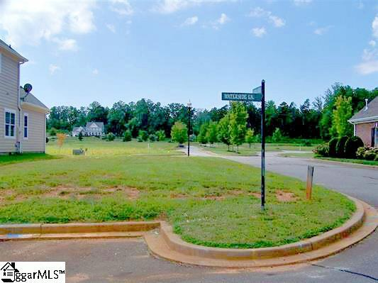 5 Waterside Lane, Taylors, SC 29687 (#1351180) :: Hamilton & Co. of Keller Williams Greenville Upstate