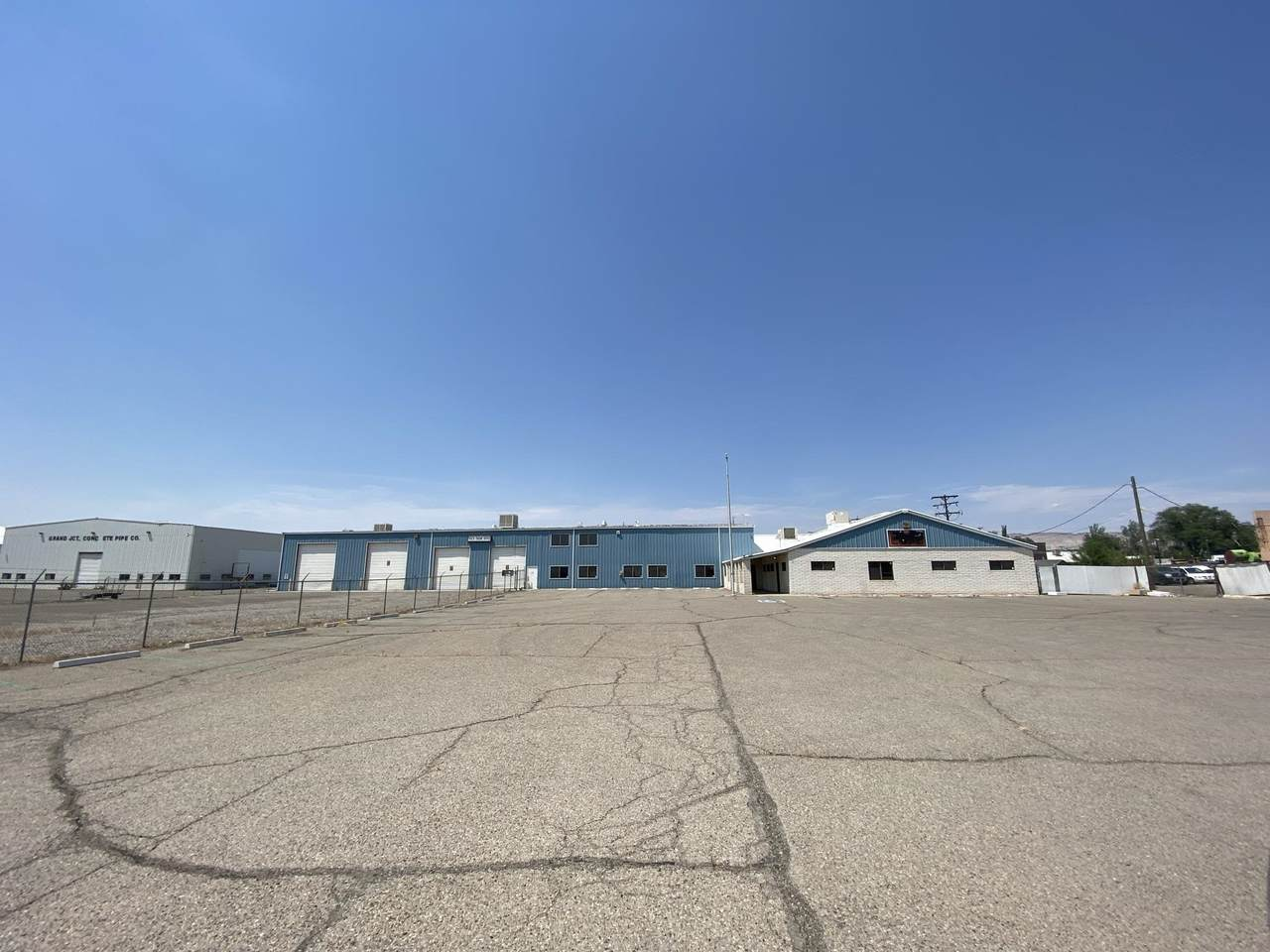 2872 I-70 Business Loop - Photo 1