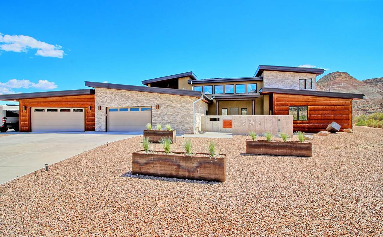 206 Red Sand Road - Photo 1