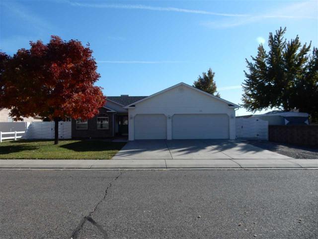 570 Maxwell Drive, Grand Junction, CO 81504 (MLS #20175402) :: CapRock Real Estate, LLC