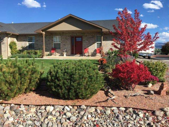2814 Primrose Court, Montrose, CO 81401 (MLS #20181147) :: The Grand Junction Group