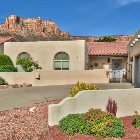 2066 Rim Shadow Court, Grand Junction, CO 81507 (MLS #20181326) :: The Christi Reece Group