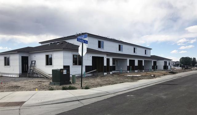 644 Emma Lane D, Grand Junction, CO 81505 (MLS #20184110) :: Keller Williams CO West / Mountain Coast Group