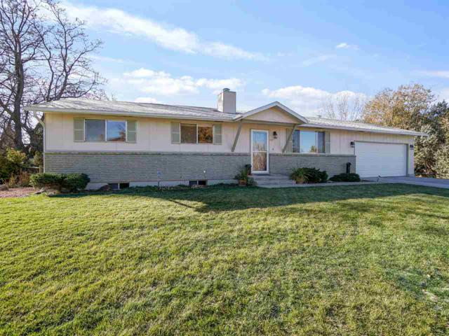 2207 Arrowhead Lane, Grand Junction, CO 81507 (MLS #20186172) :: Keller Williams CO West / Mountain Coast Group