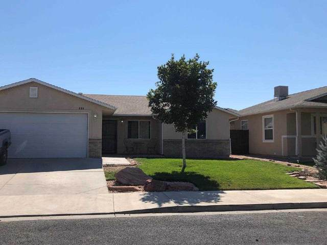 406 29 1/2 Road, Grand Junction, CO 81504 (MLS #20203746) :: The Kimbrough Team | RE/MAX 4000
