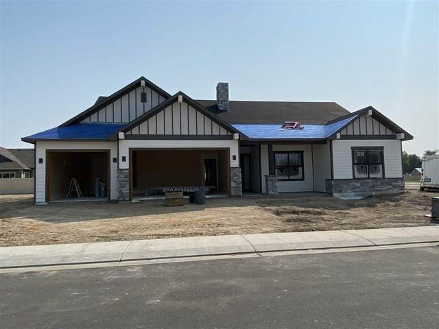 812 Red Apple Road, Grand Junction, CO 81505 (MLS #20204791) :: The Kimbrough Team | RE/MAX 4000