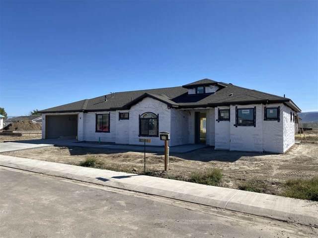 2131 Bloomfield Avenue, Grand Junction, CO 81505 (MLS #20205003) :: The Danny Kuta Team