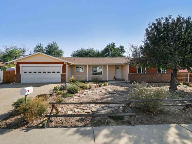 556 Bentwood Street, Grand Junction, CO 81504 (MLS #20205053) :: The Kimbrough Team | RE/MAX 4000