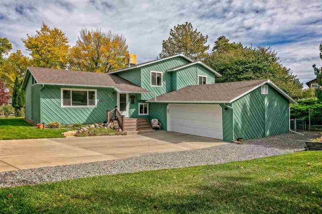 2023 E 1/4 Road, Grand Junction, CO 81507 (MLS #20205323) :: The Kimbrough Team | RE/MAX 4000