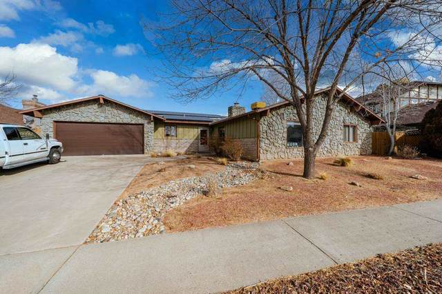 2324 S Seville Circle, Grand Junction, CO 81506 (MLS #20210396) :: The Danny Kuta Team