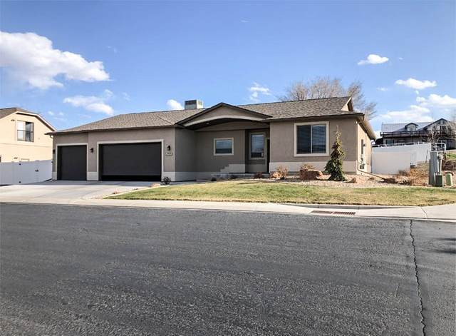 2989 Black Hawk Way, Grand Junction, CO 81503 (MLS #20211497) :: The Kimbrough Team | RE/MAX 4000