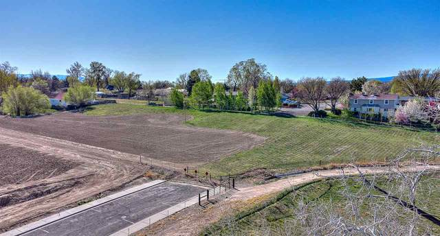 2302 Knollwood Lane, Grand Junction, CO 81505 (MLS #20211808) :: The Kimbrough Team | RE/MAX 4000