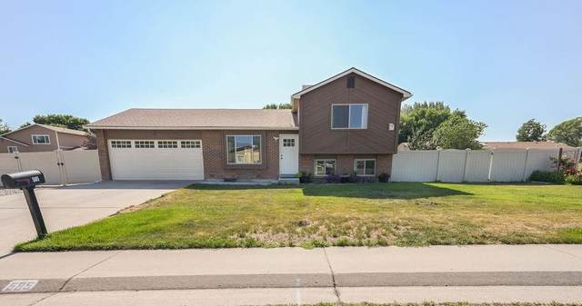 585 Ford Street, Grand Junction, CO 81504 (MLS #20213194) :: The Kimbrough Team | RE/MAX 4000