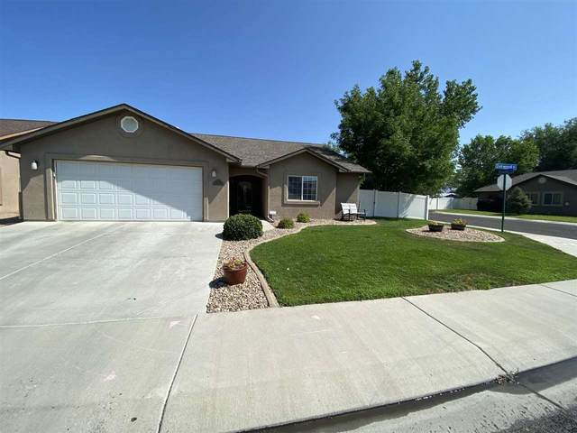 3012 1/2 Oakwood Drive, Grand Junction, CO 81504 (MLS #20213805) :: The Kimbrough Team | RE/MAX 4000