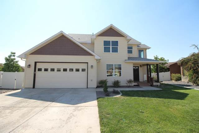 621 Crestmont Court, Grand Junction, CO 81504 (MLS #20214309) :: The Kimbrough Team | RE/MAX 4000