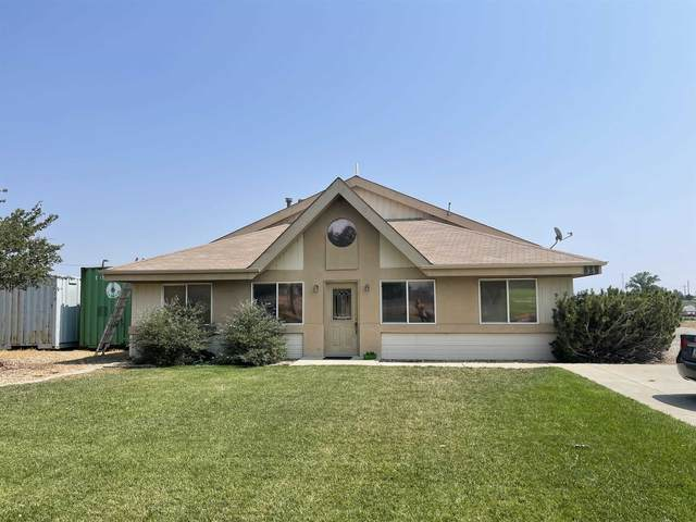 826 21 1/2 Road, Grand Junction, CO 81505 (MLS #20214401) :: The Kimbrough Team | RE/MAX 4000
