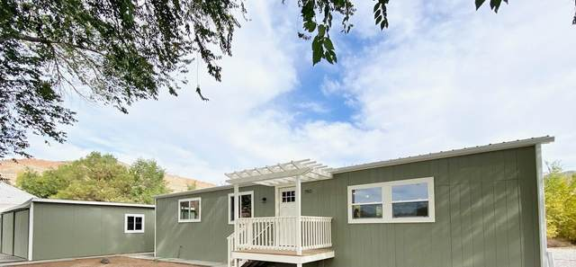 702 37 1/10 Road, Palisade, CO 81526 (MLS #20214457) :: Lifestyle Living Real Estate